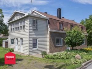 23388785 - Maison à étages à vendre