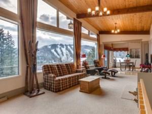 15104069 - Maison à étages à vendre