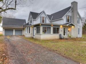 23571724 - Maison à étages à vendre