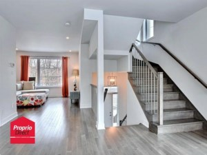 22518082 - Maison à étages à vendre