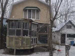 18237869 - Maison à étages à vendre