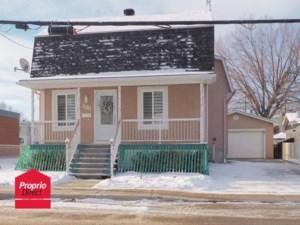 14644703 - Maison à étages à vendre