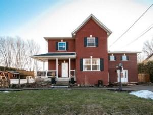 10883293 - Maison à étages à vendre