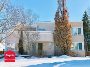 16471464 - Maison à étages à vendre