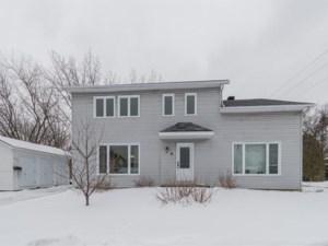 19793487 - Maison à étages à vendre