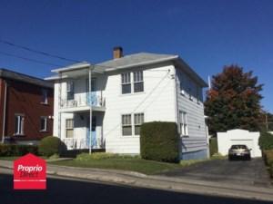 13728526 - Maison à étages à vendre