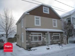 23585084 - Maison à étages à vendre
