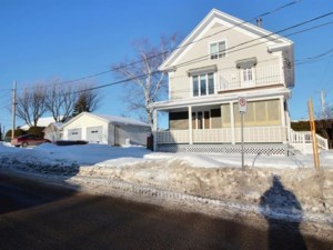 18477069 - Maison à étages à vendre