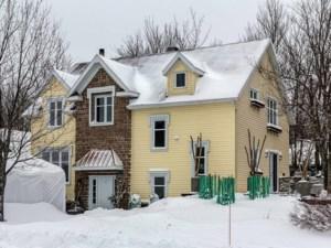 28724011 - Maison à étages à vendre