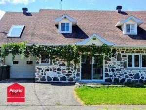 9590733 - Maison à étages à vendre