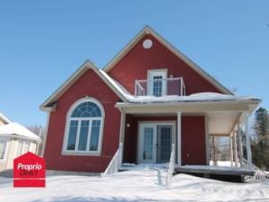 16420042 - Maison à étages à vendre