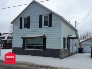 23628923 - Maison à étages à vendre