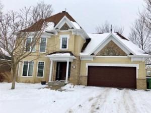27465193 - Maison à étages à vendre