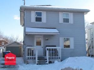25786779 - Maison à étages à vendre