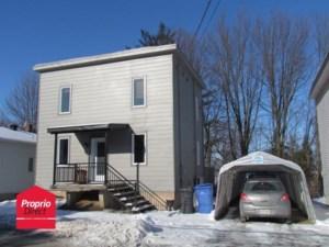 27237141 - Maison à étages à vendre