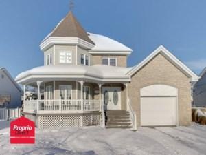 21129018 - Maison à étages à vendre