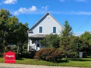 13073112 - Maison à étages à vendre