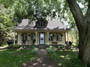 14703812 - Maison à étages à vendre