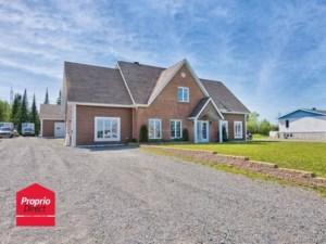 16364305 - Maison à étages à vendre