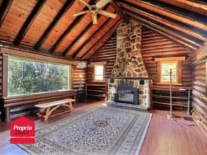 23643506 - Maison à étages à vendre