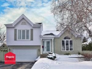 21943463 - Maison à étages à vendre