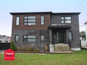 25447701 - Maison à étages à vendre