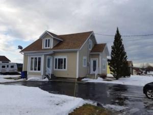 22313678 - Maison à étages à vendre