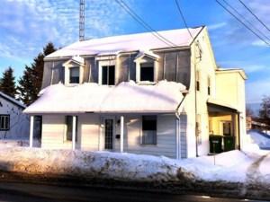 22881843 - Maison à étages à vendre