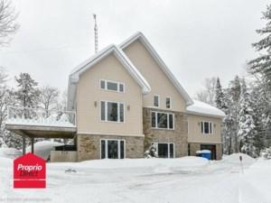 14699552 - Maison à étages à vendre