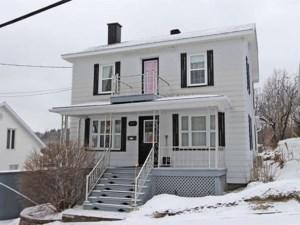 26477020 - Maison à étages à vendre