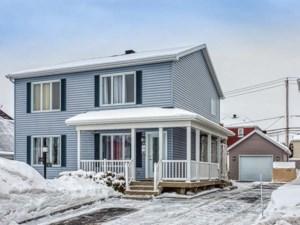 27588355 - Maison à étages à vendre