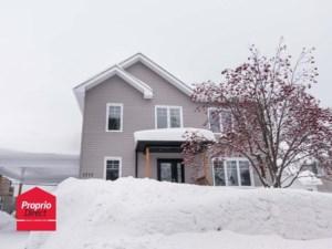 9032950 - Maison à étages à vendre