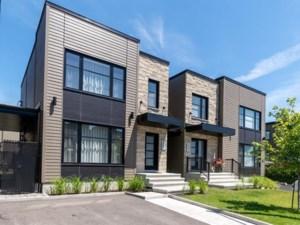 23442396 - Maison à étages à vendre