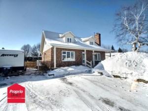 24517158 - Maison à étages à vendre