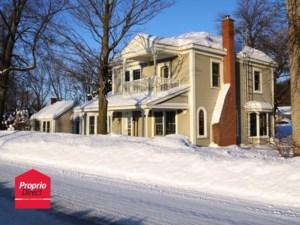 26217143 - Maison à étages à vendre