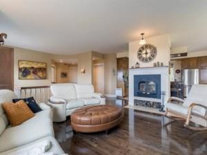 9984264 - Maison à étages à vendre