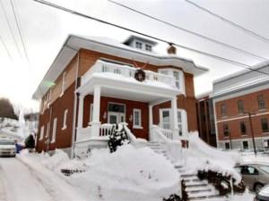 14277664 - Maison à étages à vendre
