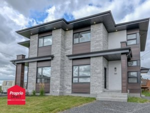 9270463 - Cottage-jumelé à vendre