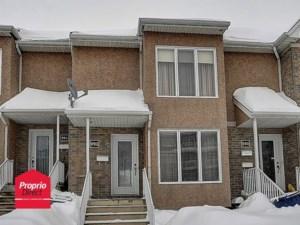 28877571 - Maison à étages à vendre