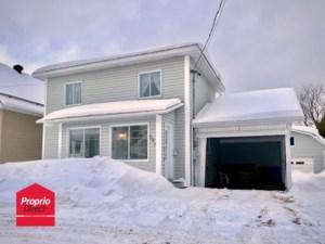 16293548 - Maison à étages à vendre