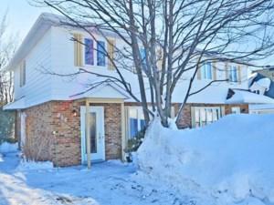 14369589 - Cottage-jumelé à vendre