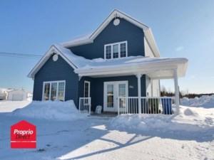 13672482 - Maison à étages à vendre