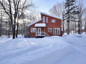 9354354 - Maison à étages à vendre