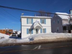 9908376 - Maison à étages à vendre
