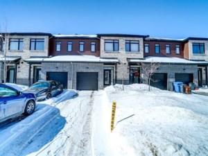 12613181 - Maison à étages à vendre