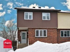 9886926 - Maison à étages à vendre