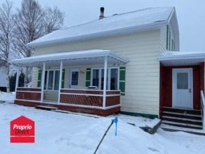 10299262 - Maison à étages à vendre