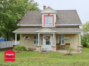 13147942 - Maison à étages à vendre