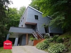 20750985 - Maison à étages à vendre