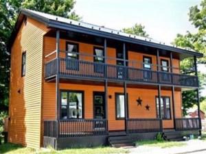 25652777 - Maison à étages à vendre